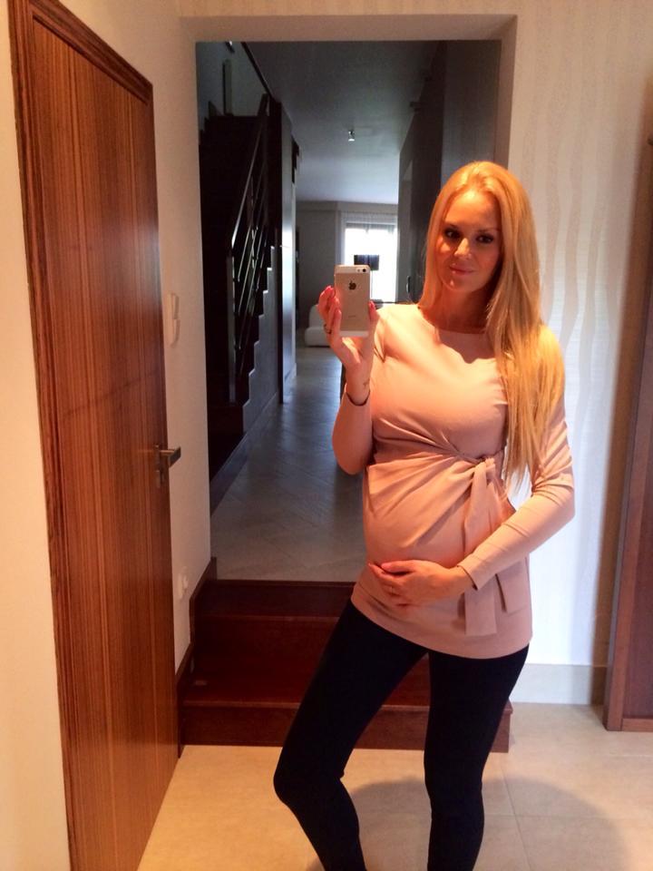 Lucie Bednářová Hadašová v těhotenském oblečení Happymum